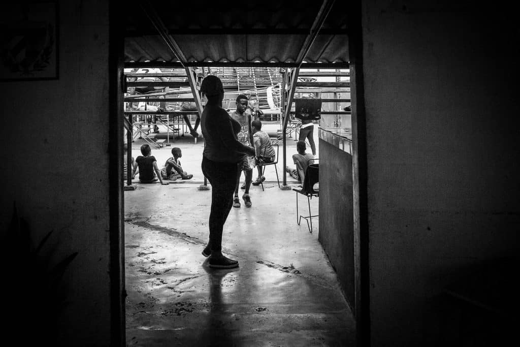 Reportage_GimnasioDeBoxeo_Marina_Schedler_Photography_002-min